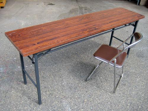 テーブル、イス